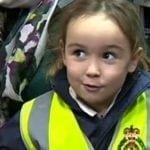 Una niña de 4 años salva la vida de su mamá llamando a emergencias